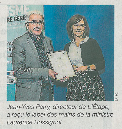 Jean-Yves Patry a reçu le label des mains de la ministre Laurence Rossignol